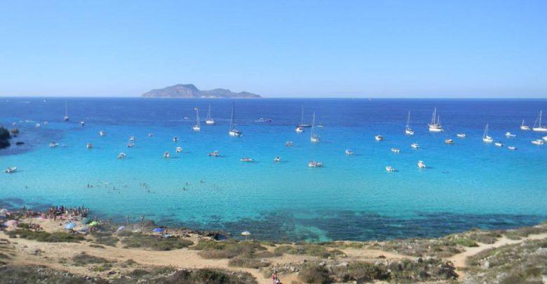 Cosa Fare a Favignana: le Spiagge Più Belle