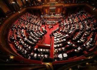 Chi è il politico più ricco d'Italia?