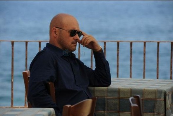 montalbano replica streaming