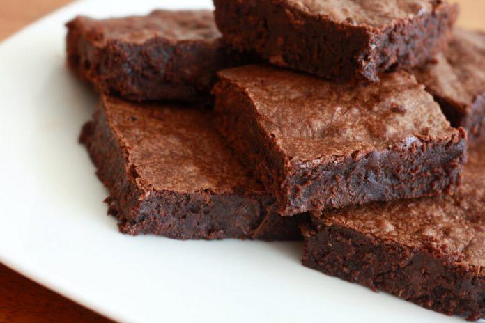 Come fare i Chocolate Brownies: La Ricetta Originale