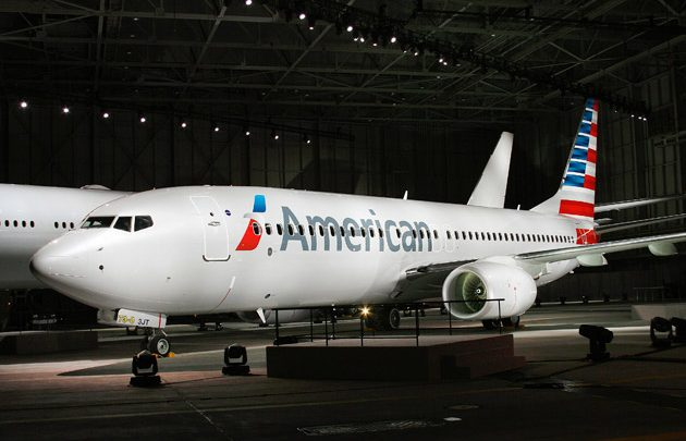 Ritardi aerei oggi, American Airlines problemi per errore in Ipad