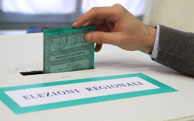 Elezioni Regionali Campania: 5 Motivi per non Votare né Caldoro né De Luca