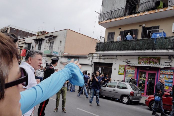 Napoli, Sparatoria dal Balcone: il Video su YouReporter