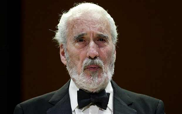"""Morto Christopher Lee, il """"Signore delle tenebre"""" aveva 93 anni"""