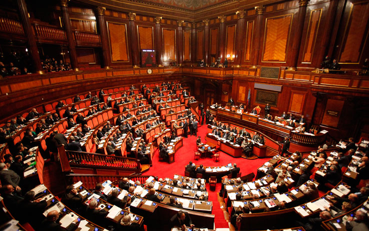 Riforma della Scuola, Fiducia in Senato: Video scontro tra Grasso e Mussini