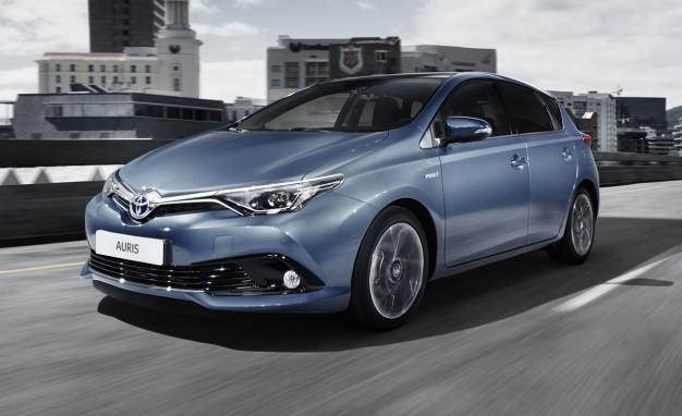 Toyota Auris Hybrid : Video Spot sulla macchina giapponese