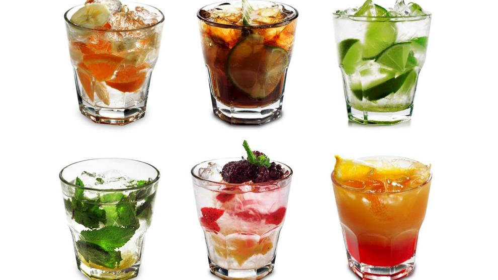 foto di bicchieri da whisky