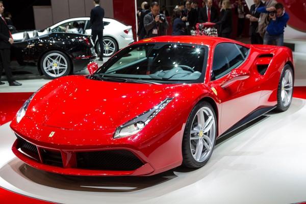 Ferrari 488 presentata a Settembre: Prezzo e Scheda Tecnica