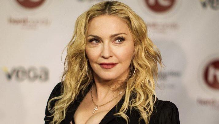 """Madonna: in uscita il nuovo album """"Hold tight"""""""