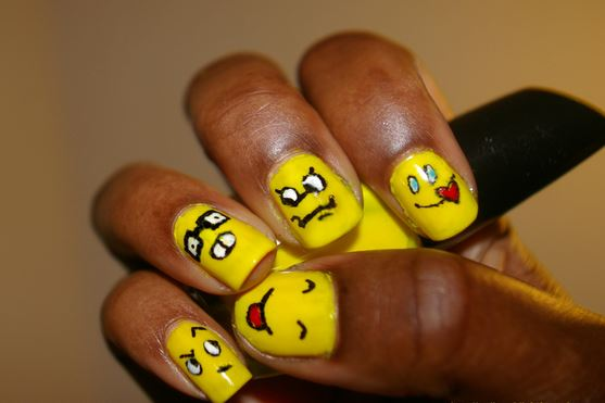 Nail Art Facili: Emoticon Dispettose