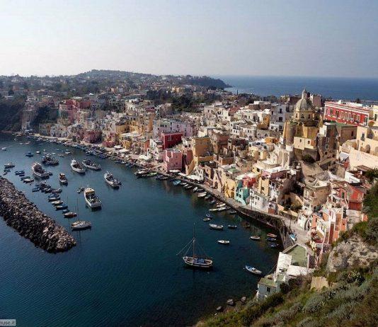 Vacanze low cost agosto 2015: migliori offerte last minute Isola di Procida
