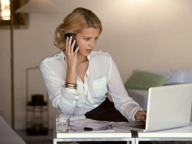 Offerte Lavoro: Come guadagnare da casa fino a 500 euro al mese con Yves Rocher
