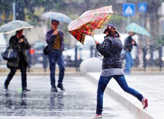Maltempo, allerta della Protezione civile in Liguria, Toscana e Campania