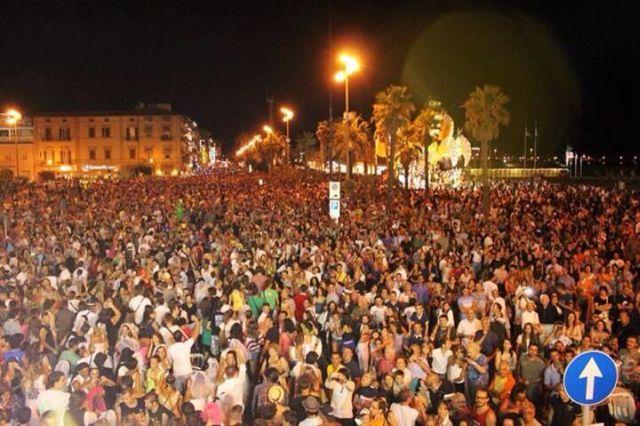 Viareggio Carnevale estivo 2015: Programma sfilata Carri