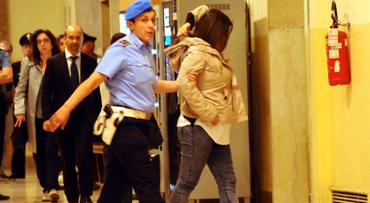 """Coppia dell'acido, Martina Levato: """"Colpa mia, giusto che paghi"""""""