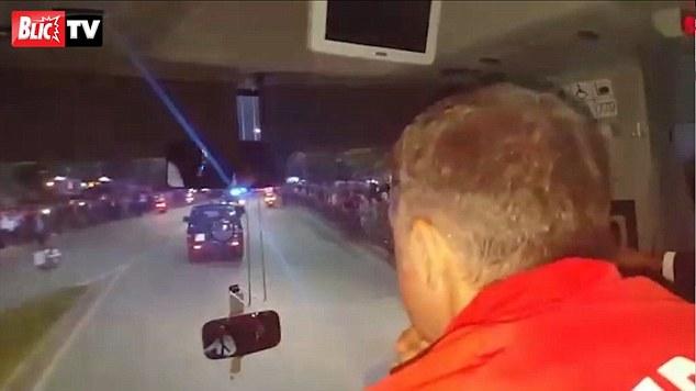 Albania-Serbia (Video): Sassi sul Pullman degli Ospiti