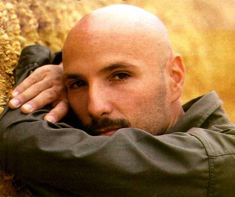 Valerio Scanu imitazione di Alex Baroni a Tale e Quale Show (Video)