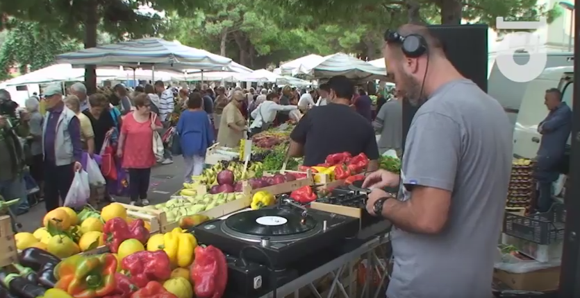 Salerno, Musica House al Mercato della Frutta (Video)