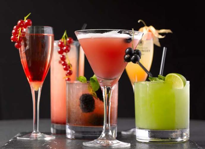 Cocktails per ogni Segno Zodiacale: Drink per l'Happy Hour