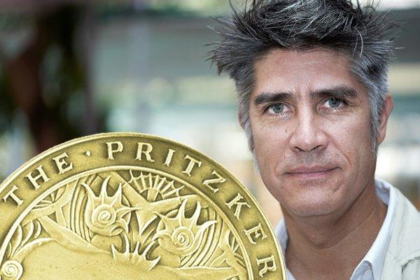 Alejandro Aravena vince il Nobel per l'architettura