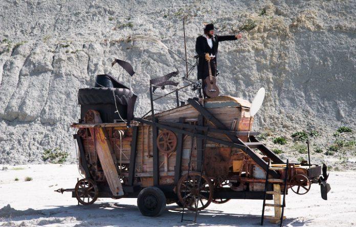 Recensione Nel Paese dei Coppoloni: Film di Vinicio Capossela