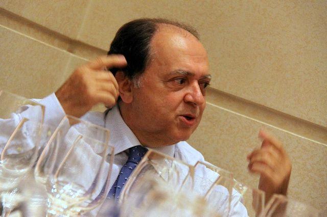 Chi è Enzo Vizzari? Critico gastronomico ospite di Masterchef Italia 5