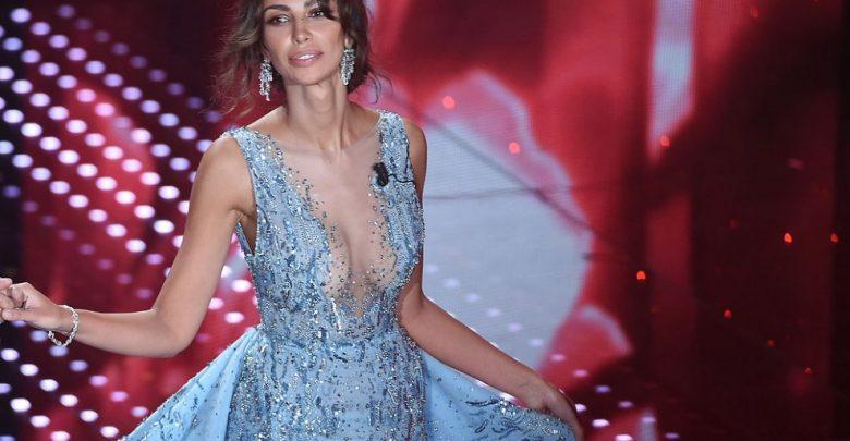 Sanremo 2016: tutti gli abiti della seconda serata (foto)