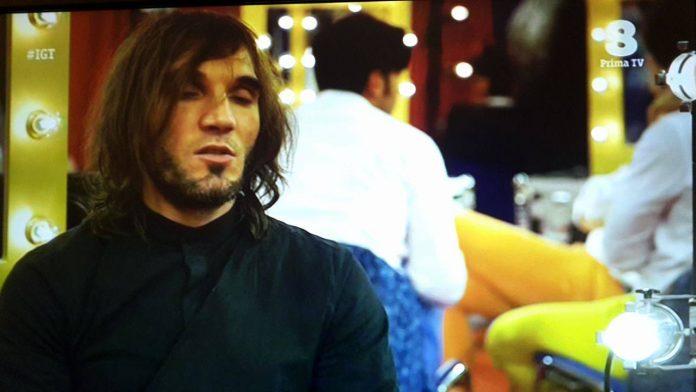 Video Reverendo Secret a Italia's Got Talent: canzoni improvvisate