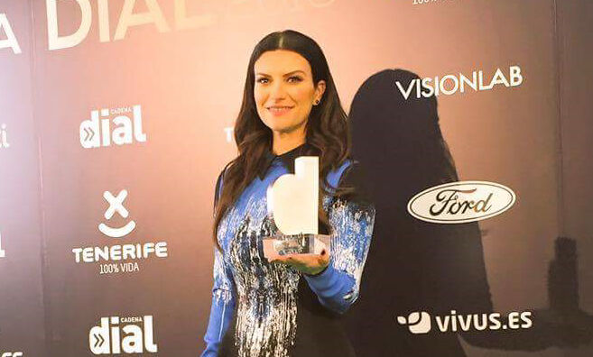Laura Pausini ha vinto il Premio Cadena Dial (Video)