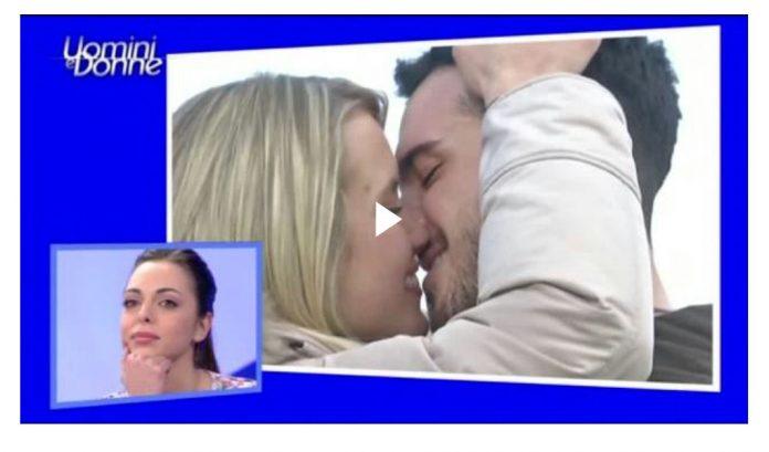 Video Esterna Bacio tra Lucas e Karolina a Uomini e Donne