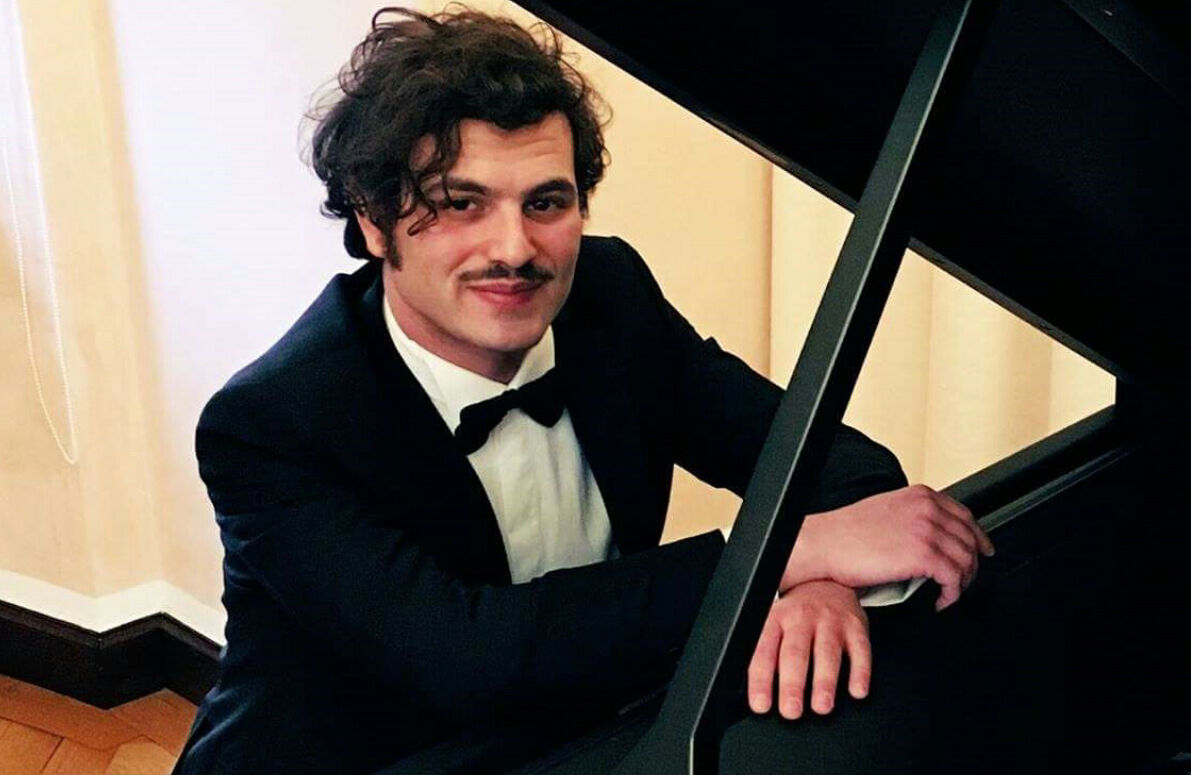 Chi è Davide Santacolomba, biografia pianista sordo le Iene