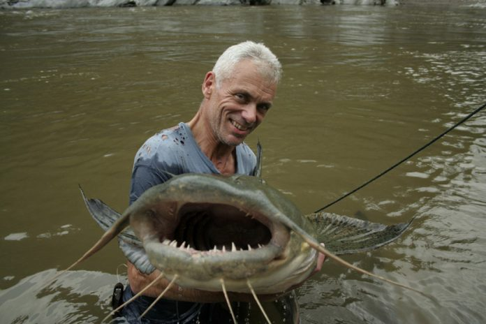 River Monsters Streaming: Replica Puntata Intera 4 Aprile 2016 su Dplay