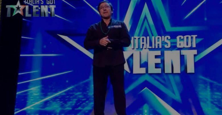 Comico guarito dalla leucemia a Italia's Got Talent (Video)