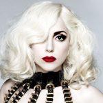 Lady Gaga nel cast del film dedicato a Dionne Warwick