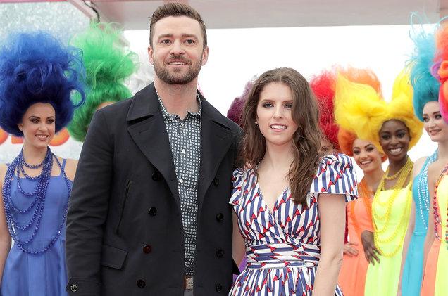 """""""True Colors"""" Justin Timberlake e Anna Kendrick: Duetto per il film """"Trolls"""" (Video)"""