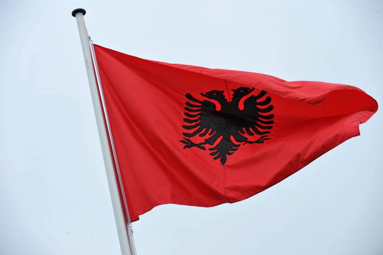 Inno Nazionale Albanese Video Testo E Traduzione Himni I