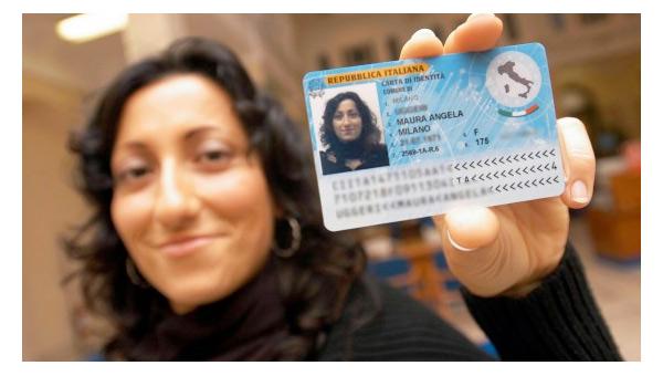 Nuova Carta d'Identità Elettronica 2016 in vigore dal 4 luglio: Novità e Comuni 2
