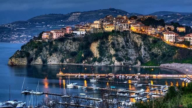 Vacanze low cost giugno 2016: migliori offerte last minute Castellabate