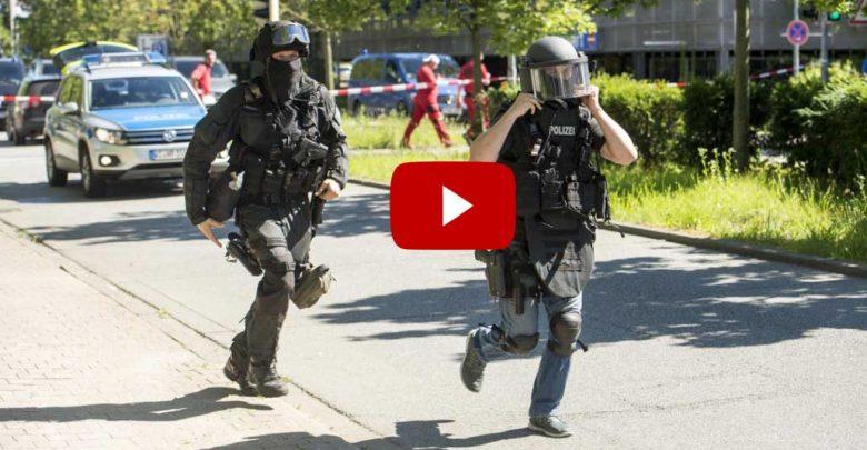 Germania, uomo entra in un cinema e spara: Video sparatoria
