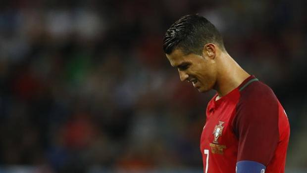 Cristiano Ronaldo Infortunio Polpaccio Portogallo-Francia (Video)