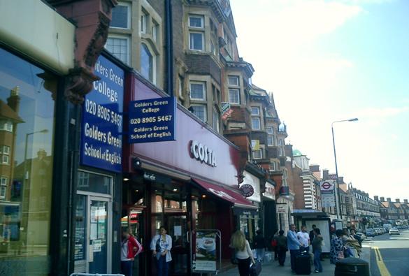 Evacuata Stazione Londra: Allarme Bomba a Golders Green