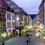 Attentato a Monaco di Baviera in un Centro Commerciale: Morti e Feriti
