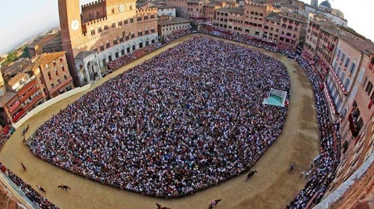 Palio di Siena 2016: Lupa vincitore 2 Luglio