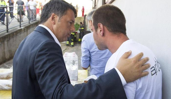 """Renzi ad Amatrice: """"Questi borghi devono ripartire. E' una sfida di credibilità e onore"""""""