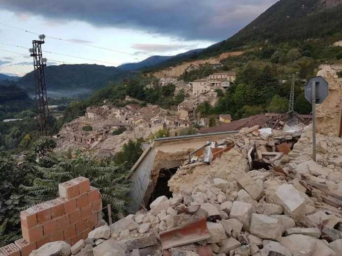 Terremoto oggi 24 agosto 2016: Video e Foto 1