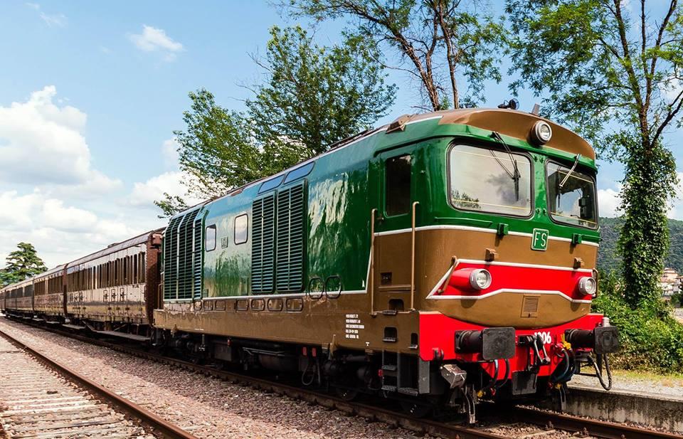 Treni Storici, la Ferrovia d'Irpinia Riapre a Fine Agosto