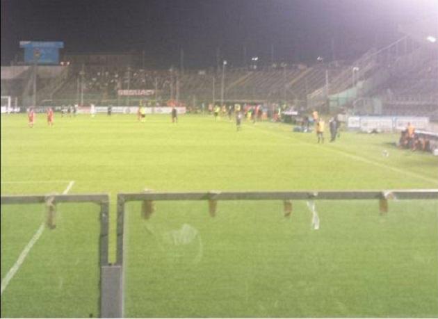 Brescia-Bari, malore per uno steward durante la partita