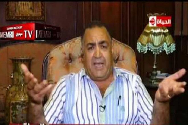"""Egitto, Deputato Elhami Agina contro le donne: """"Sono tutte adultere"""""""