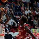 Pallacanestro Varese-SL Benfica 70-72: Lombardi in Champions League