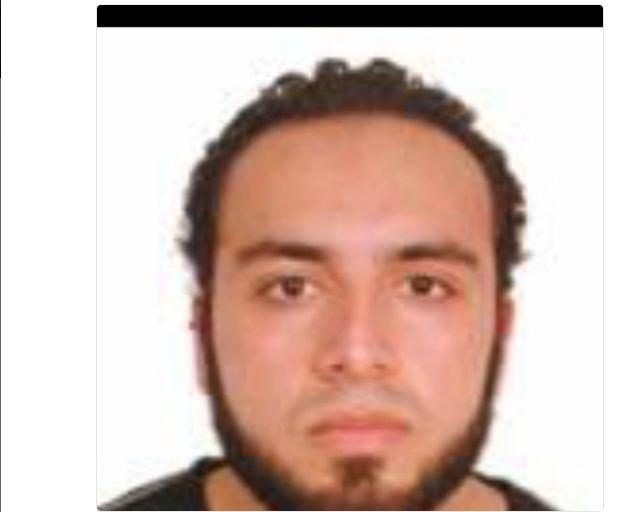 Bombe a New York, ricercato un afghano (Foto)